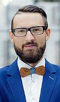 Tomasz Sąsiadek awansuje w Bluerank