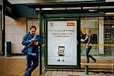 Yoberi łączy outdoor i mobile: interaktywne citylighty z darmowym internetem
