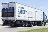 Ściana wideo na tirze: Samsung Safety Truck na drogach