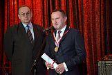 """Medal """"Zasłużony Dla Polskiej Poligrafii"""" dla prezesa Heidelberg Polska"""