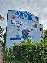 Oddychający mural wspiera środowisko w ramach kampanii No Fluff Jobs