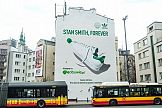 Współpraca Adidas z Eobuwie.pl: mural z sylwetką buta, który oczyszcza powietrze