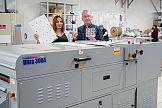 Maszyna Printflood 300A UV&AQ z lakierem dyspersyjnym w Cewe Polska