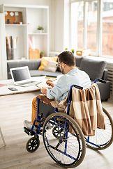 Poradnik dla pracodawców: zatrudnienie osoby z niepełnosprawnością