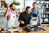 Zwycięzca Masterchefa promuje mistrzowskie gotowanie z Netto