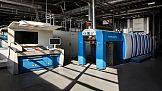 Rapida 76 z modułem do cold stampingu w drukarnia Mellow