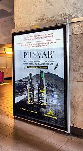 Wakacyjna kampania OOH Pilsweizer we współpracy z Synergic