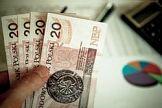 Więcej niezapłaconych faktur, dłuższy czas oczekiwania na płatności