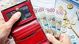 Widać szansę na odbicie w handlu - Polacy będą mniej oszczędzać na zakupach