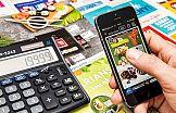 """Producenci smartfonów będą """"rozdawać"""" telefony za oglądanie reklam?"""