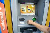 Kampania Surf na ekranach bankomatów dostępnych w ofercie AMS