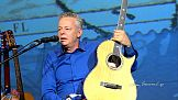 Kwarantanna od Reklamy: Tommy Emmanuel - Live and Solo In Pensacola, Florida