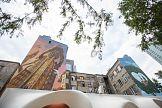 Dwa artystyczne murale przy Warsaw Spire