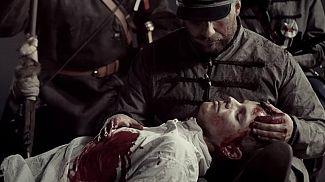 Czarno-czerwony spot TVP na Dzień Flagi